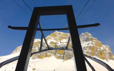 tram heading up the mountain