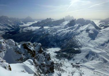 A vast ski area