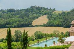 Il-Parco-della-Villa-nella-Tenuta-di-Monaciano-3